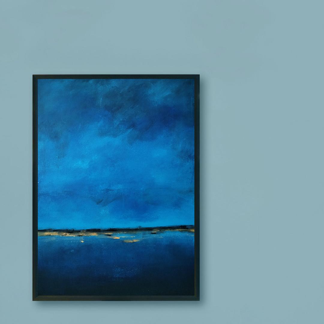 Obraz Akrylowy Brzeg Morski 60 x 80 cm na ścianie niebieskiej